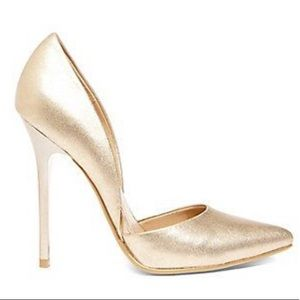 Steve Madden Gold Varcityy Pump Heel Sz 6.5